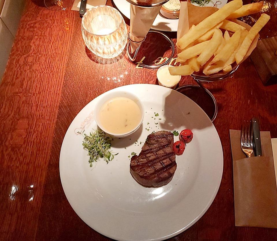 de beste steak van belgie kip en koe