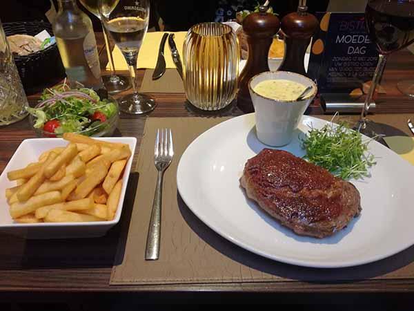 steak bistro fm